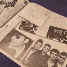 Fotos de Cantantes: LIBRETO/ÁLBUM FOTOGRÁFICO LOQUILLO Y LOS TROGLODITAS, A POR ELLOS QUE SON POCOS...1989 (30X31CM). Lote 154515430