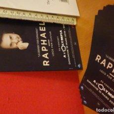 Fotos de Cantantes: RAPHAEL GIRA 2019 OLYMPIA PARIS LOCO POR CANTAR POSTAL CARTEL DOBLE CARA . Lote 155714282