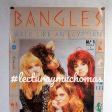 Fotos de Cantantes: THE BANGLES. WALK LIKE AN EGIPTIAN. POSTER ORIGINAL PROMOCIONAL. 68X98CMS.. Lote 138219398