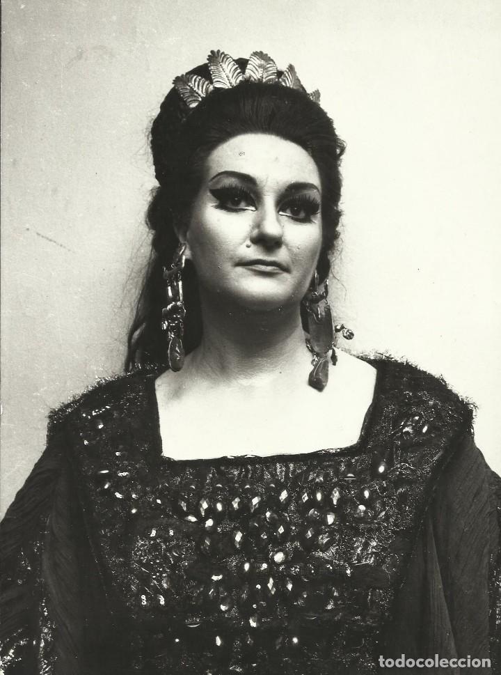 MONTSERRAT CABALLÉ. FOTOGRAFÍA NORMA. TEATRO ALLA SCALA MILANO. 1972. 24X18 CM. ÓPERA. (Música - Fotos y Postales de Cantantes)