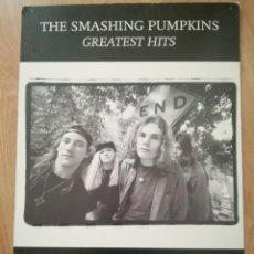Fotos de Cantantes: PROMO CARTEL DE VENTA NUEVO DISCO DE SMASHING PUMPKINS GREATEST HITS 2001 67X47 CM VIRGIN MUSICA. Lote 161914438