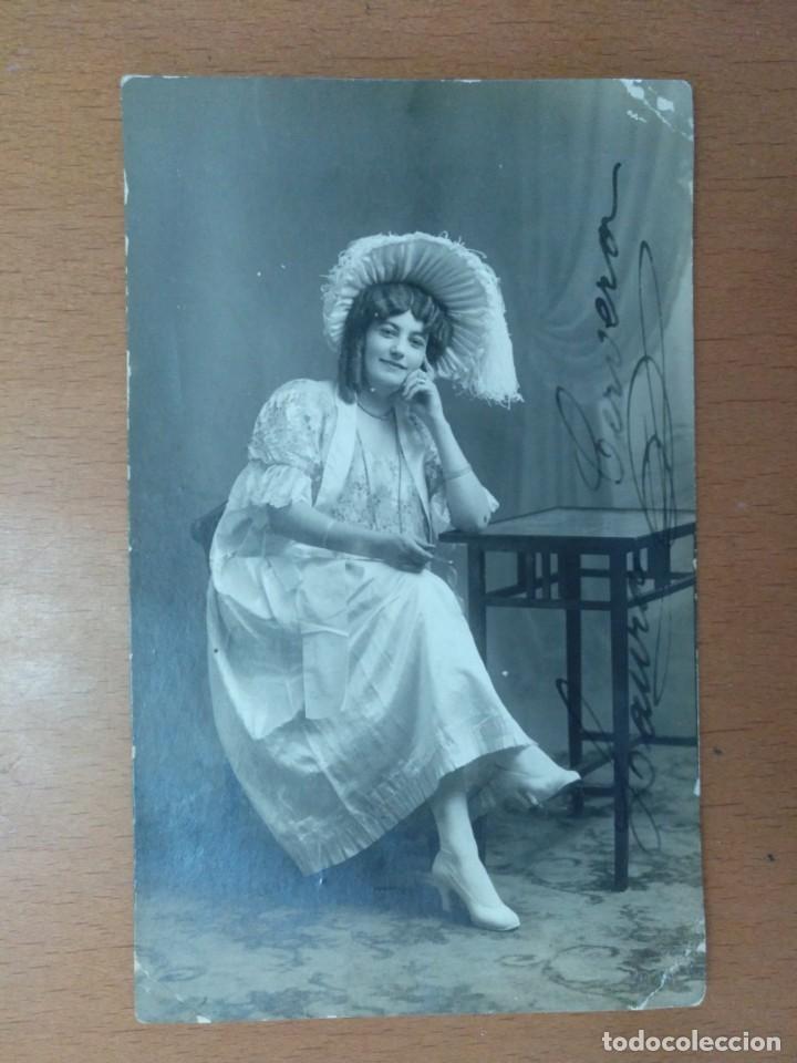 FOTO FIRMADA POR LAURA CERVERA CANTANTE DE OPERA EN EL PAPEL DE MUSETTA EN LA BOHEME 1918 (Música - Fotos y Postales de Cantantes)