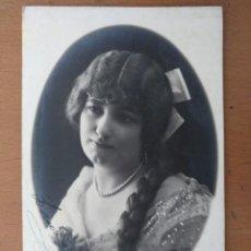 Fotos de Cantantes: FOTO FIRMADA LAURA CERVERA CANTANTE OPERA A. ESPLUGAS FOTOGRAFO ZARAGOZA AÑOS 10. Lote 169887814