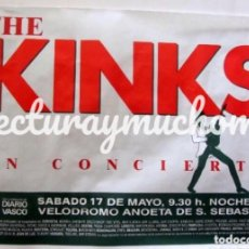 Fotos de Cantantes: THE KINKS. CARTEL ORIGINAL DE CONCIERTO EN ANOETA (SAN SERBASTIAN) 17/5/1986. 90 X 65 CMS.. Lote 128487655