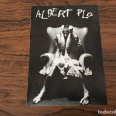 Fotos de Cantantes: POSTAL ALBERT PLA. PRESENTACION SALA APOLO. NO SÓLO DE RUMBA VIVE EL HOMBRE. 1992. Lote 179235583