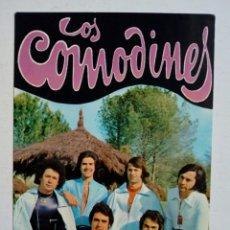 Fotos de Cantantes: LOS COMODINES - TARJETA POSTAL CON FIRMAS DEL GRUPO - FIRMADA A MANO CON DEDICATORIA, NO IMPRESIÓN . Lote 180414765