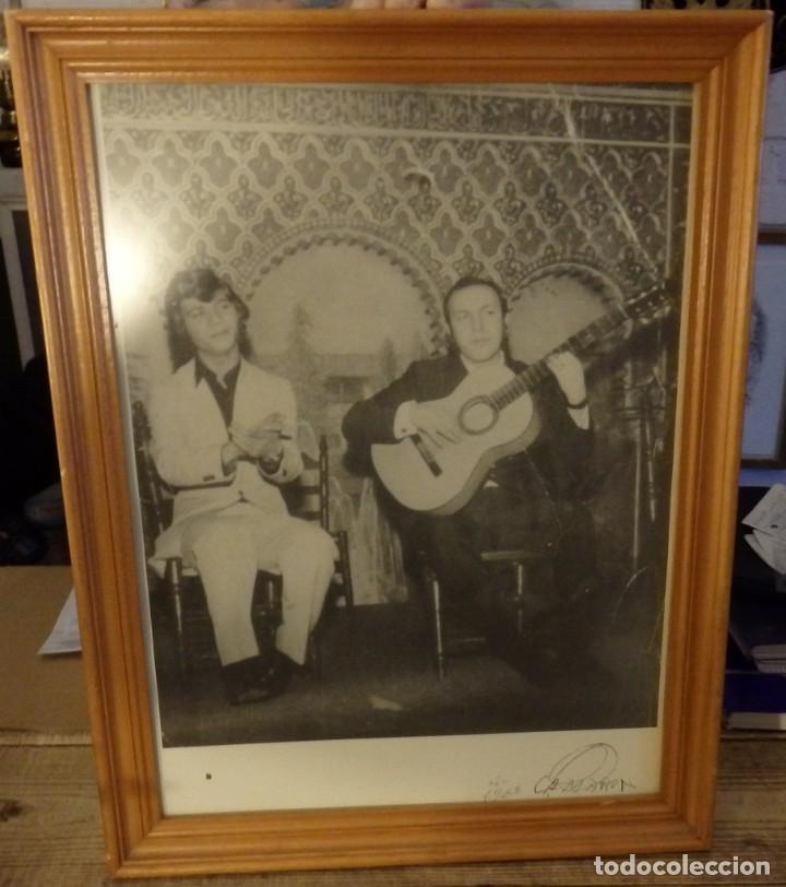 CAMARON DE LA ISLA Y PACO CEPERO,1968, MADRID, 34X44 CMS, LEER (Música - Fotos y Postales de Cantantes)