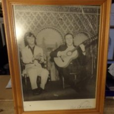 Fotos de Cantantes: CAMARON DE LA ISLA Y PACO CEPERO,1968, MADRID, 34X44 CMS, LEER. Lote 187097612