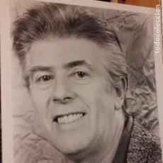 Fotos de Cantantes: JOHN MAYALL - CANTANTE / APROX. AÑOS 80 U 90 / 25X20 CMS / FOTO TERRANCE BERT . Lote 195246753