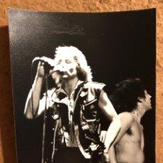 Fotos de Cantantes: PHIL MOGG Y PETE WAY - FOTOGRAFÍA ORIGINAL CONCIERTO U.F.O. EN ESPAÑA, AÑOS 80S -. Lote 122150503