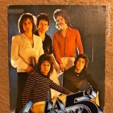 Fotos de Cantantes: LA 5ª RESERVA. TARJETA PROMOCIONAL POLYDOR (1976). DISCOGRAFÍA AL DORSO.. Lote 199175473