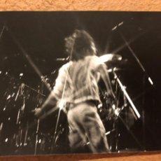 Fotos de Cantantes: DEF LEPPARD. FOTOGRAFÍA ORIGINAL CONCIERTO GIRA ESPAÑOLA 1988.. Lote 201367646