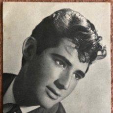 """Fotos de Cantantes: MIKE RÍOS """"EL REY DEL TWIST"""". FOTOGRAFÍA PROMOCIONAL DISCOS PHILIPS (1962). DISCOGRAFÍA AL DORSO. Lote 203400041"""
