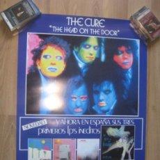 Fotos de Cantantes: THE CURE - CARTEL OFICIAL PROMO DE COMPAÑIA 70 X 50 CMS - THE HEAD ON THE DOOR - NUEVO. Lote 205846716