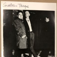Fotos de Cantantes: SWALLOW TONGUE. FOTOGRAFÍA ORIGINAL PROMOCIONAL DISCOGRÁFICA CHERRY RED RECORDS. 1983.. Lote 207130930