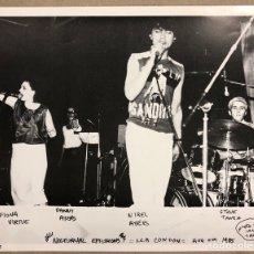 Fotos de Cantantes: NOCTURNAL EMISSIONS. FOTOGRAFÍA ORIGINAL PROMOCIONAL CONCIERTO LONDON 1985.. Lote 207132211