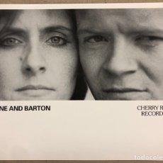 Fotos de Cantantes: JANE AND BARTON. FOTOGRAFÍA ORIGINAL PROMOCIONAL DISCOGRÁFICA CHERRY RED RECORDS (1983).. Lote 207132835