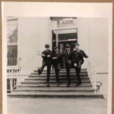 Fotos de Cantantes: THE BEATLES. FOTOGRAFÍA PROMOCIONAL DISCOGRÁFICA PARLOPHONE.. Lote 207132981