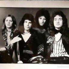Fotos de Cantantes: QUEEN - FREDDIE MERCURY - FOTOGRAFIA PROFESIONAL DE PRENSA - MARZO 1974 - NO USO CORREOS. Lote 210777170