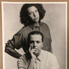 Fotos de Cantantes: TEARS FOR FEARS. FOTOGRAFÍA PROMOCIONAL EN B/N DE LOS AÑOS 80.. Lote 216396828