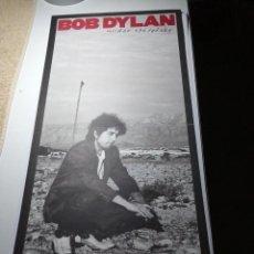 Fotos de Cantantes: BOB DYLAN UNDER THE RED SKY - CARTEL PROMOCIONAL - RARO. Lote 221817828