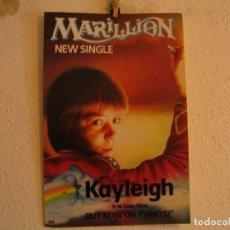 Photos de Chanteurs et Chanteuses: MARILLION POSTER CARTEL NUEVO SINGLE KAYLEIGH 1985 EMI 51X34. Lote 226575870