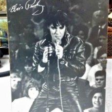 Fotos de Cantantes: GRAN POSTER DE ELVIS PRESLEY DE 80 X 60 CM SOBRE SOPORTE E IMAGEN DE SU FIRMA - ENVÍO GRATIS*. Lote 230857545