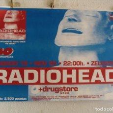 Fotos de Cantantes: RADIOHEAD + DRUGSTORE CARTEL ORIGINAL GIRA TOUR 1995 BARCELONA 70X100. Lote 235296335
