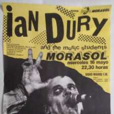 Fotos de Cantantes: MÍTICOS DE LOS 80'S. CARTEL CONCIERTO IAN DURY MADRID 1984. Lote 235388865