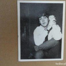 Fotos de Cantantes: THE BEATLES CROMO Nº 71 EDITORIAL BRUGUERA 1966 ORIGINAL NUEVO. Lote 236456565
