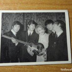 Fotos de Cantantes: THE BEATLES CROMO Nº 94 EDITORIAL BRUGUERA 1966 ORIGINAL NUEVO. Lote 236457680