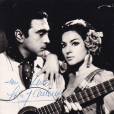 Fotos de Cantantes: POSTAL FOTOGRAFICA DE LOS CANTANTES : LOLA FLORES Y ANTONIO, CON AUTOGRAFO. Lote 245709635