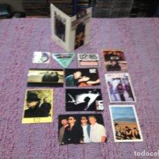 Fotos de Cantantes: U2 - 25 COLLECTION OF POSTCARDS, FOLDER, PROMOS STICKERS, BASTAGE, ETC .. NM. Lote 261555130