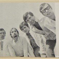 Fotos de Cantantes: POSTAL DEL GRUPO ELS 5 XICS 1968. Lote 264329800