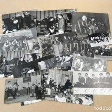 Fotos de Cantantes: 18 FOTOS DEL GRUPO LOS ATILAS. Lote 286692643