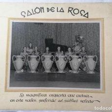 Fotos de Cantantes: FOTOGRAFIA SALON DE LA ROSA, ORQUESTA DE LA ROSA, MEDIDAS 33,5 X 28 CM. Lote 289859488