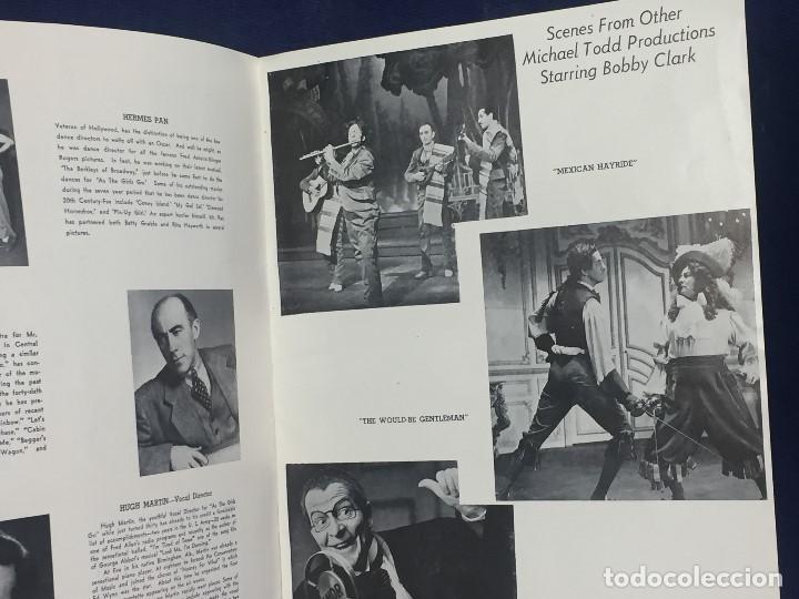 Libretos de ópera: LIBRETO FOLLETO MUSICAL COMEDIA AS THE GIRLS GO BOBBY CLARK MICHAEL TODD NEW YORK AÑOS 50 30,5X23CMS - Foto 2 - 145596154