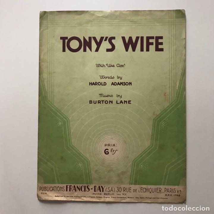 Tony's Wife. Letra de Harold Adamson. Música de Burton Lane 26,8x34,8 cm