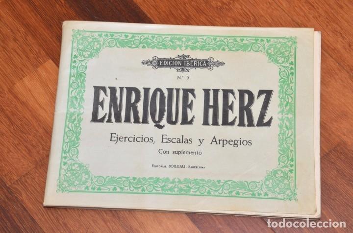 Partituras musicales: 8 LIBROS DE PIANO - SCHUMANN - BACH - KABALEWSKI - ENRIQUE HERZ - KOHLER - Foto 3 - 173942165