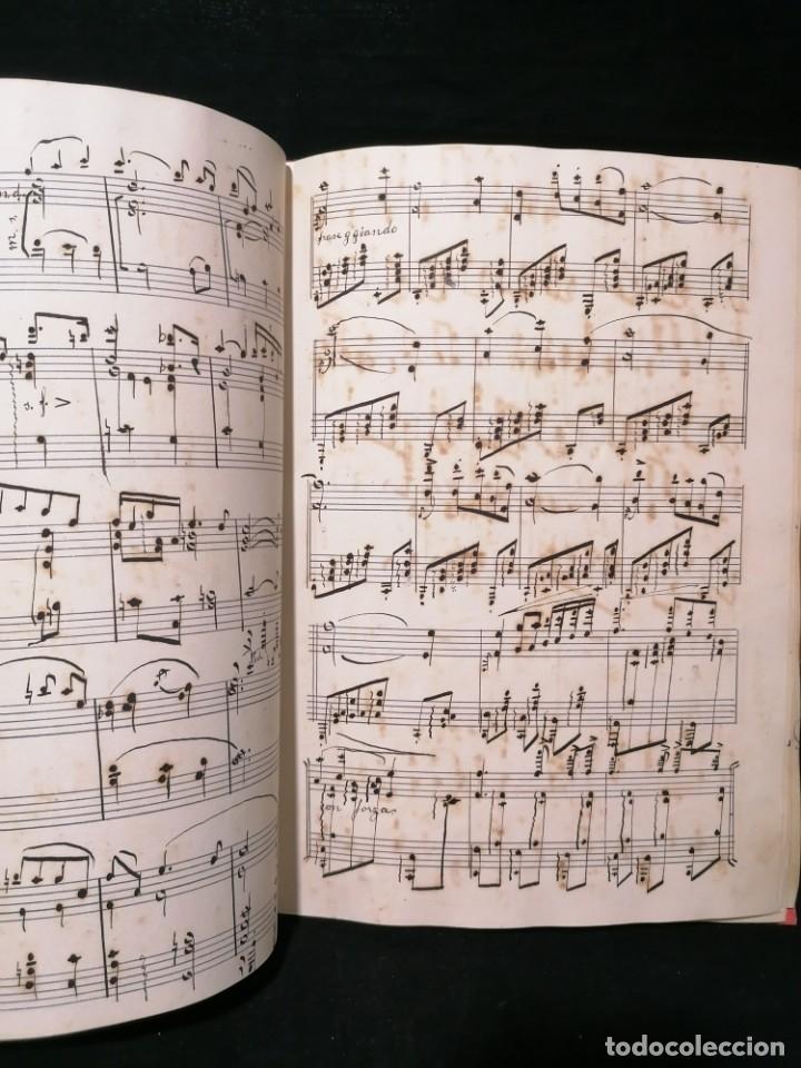 ANTIGUO LIBRO DE PARTITURAS ESCRITO A MANO (Música - Partituras Musicales Antiguas)