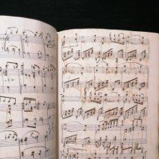 Partituras musicales: ANTIGUO LIBRO DE PARTITURAS ESCRITO A MANO. Lote 178239240