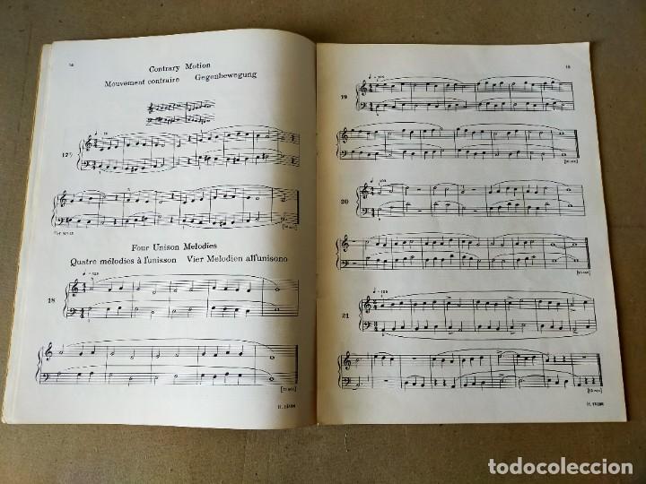 Partituras musicales: PARTITURA - BÉLA BARTÓK / MIKROKOSMOS (PIANO SOLO) VOL 1 - BOOSEY & HAWKES - Foto 4 - 209948153