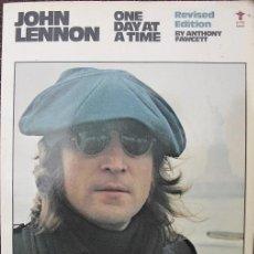 Revistas de música: LIBRO ''JOHN LENNON. ONE DAY AT A TIME'' - BEATLES. Lote 53468730