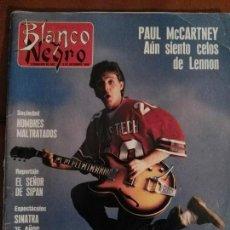 Revistas de música: REVISTA BLANCO Y NEGRO PAUL MCCARTNEY BEATLES. Lote 69290489