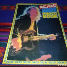 Revistas de música: EN INGLÉS. AC DC AC/DC HEAVY METAL PHOTO BOOK. OMNIBUS PRESS 1983. 128 PGNS ALUCINANTES. . Lote 104617831