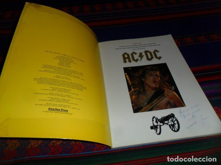 Revistas de música: EN INGLÉS. AC DC AC/DC HEAVY METAL PHOTO BOOK. OMNIBUS PRESS 1983. 128 PGNS ALUCINANTES. - Foto 2 - 104617831