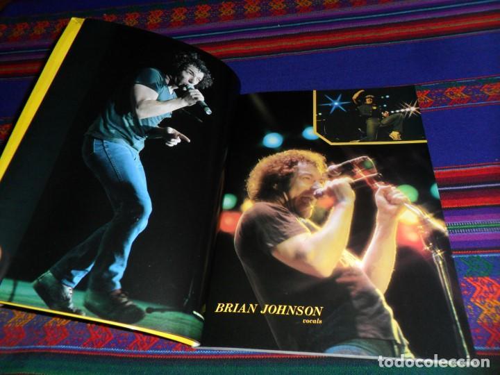 Revistas de música: EN INGLÉS. AC DC AC/DC HEAVY METAL PHOTO BOOK. OMNIBUS PRESS 1983. 128 PGNS ALUCINANTES. - Foto 4 - 104617831