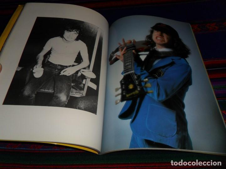 Revistas de música: EN INGLÉS. AC DC AC/DC HEAVY METAL PHOTO BOOK. OMNIBUS PRESS 1983. 128 PGNS ALUCINANTES. - Foto 9 - 104617831