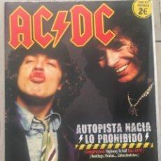 Revistas de música: POSTER REVISTA ESPECIAL AC DC ACDC AUTOPISTA HACIA LO PROHIBIDO. Lote 132214918