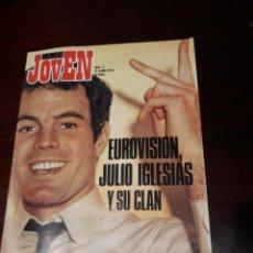 Revistas de música: REVISTA MUNDO JOVEN Nº 77 EUROVISION JULIO IGLESIAS Y SU CLAN -POSTER DE JULIO -AÑO 1970 -. Lote 169657640